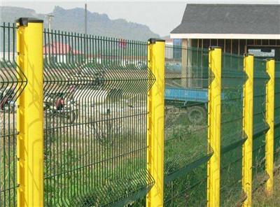 西藏桃型柱护栏网