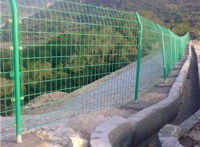 西藏双边丝护栏