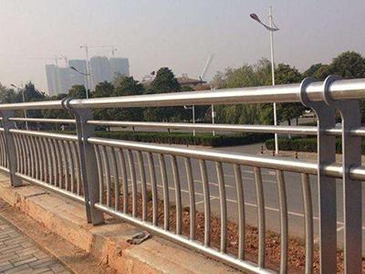 香港桥梁护栏